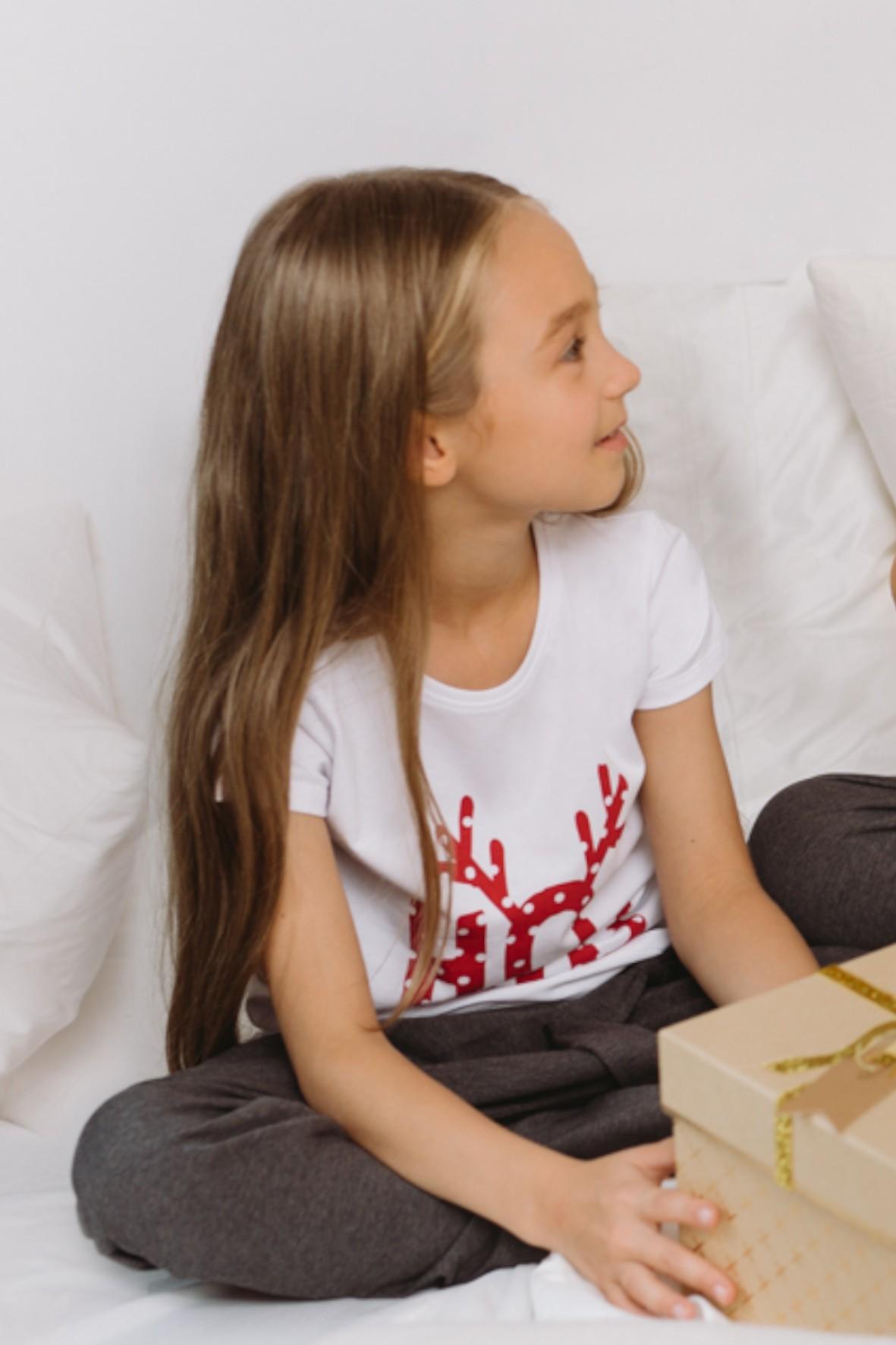 Koszulka dziewczęca ze świątecznym motywem