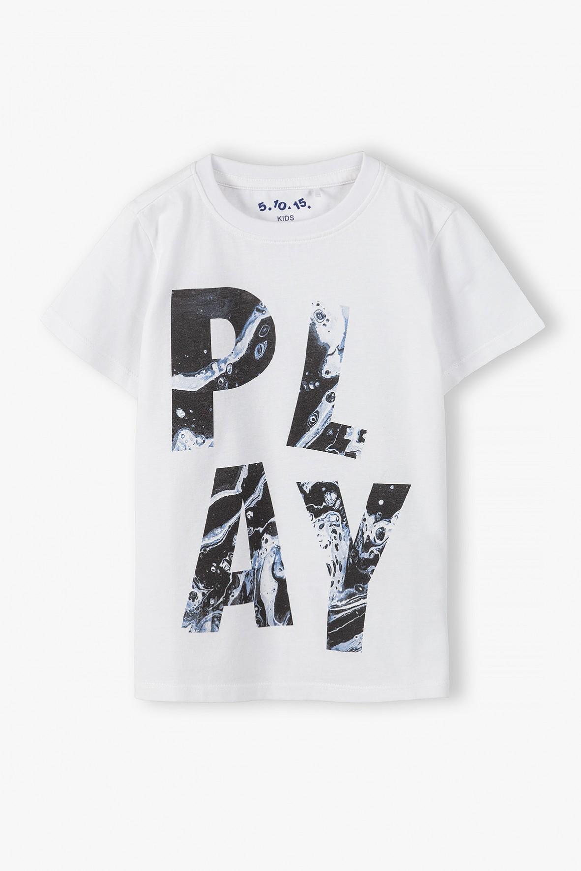 Bawełniany t-shirt chłopięcy w kolorze białym z napisem-Play