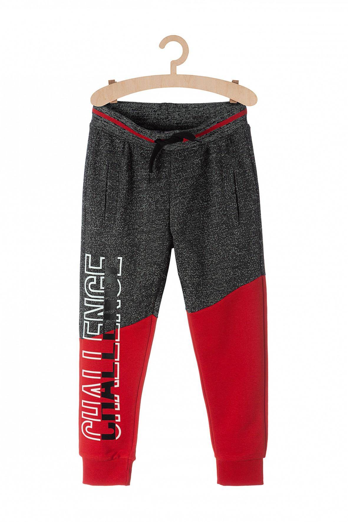 Spodnie dresowe dla chłopca z kieszeniami-czerwone