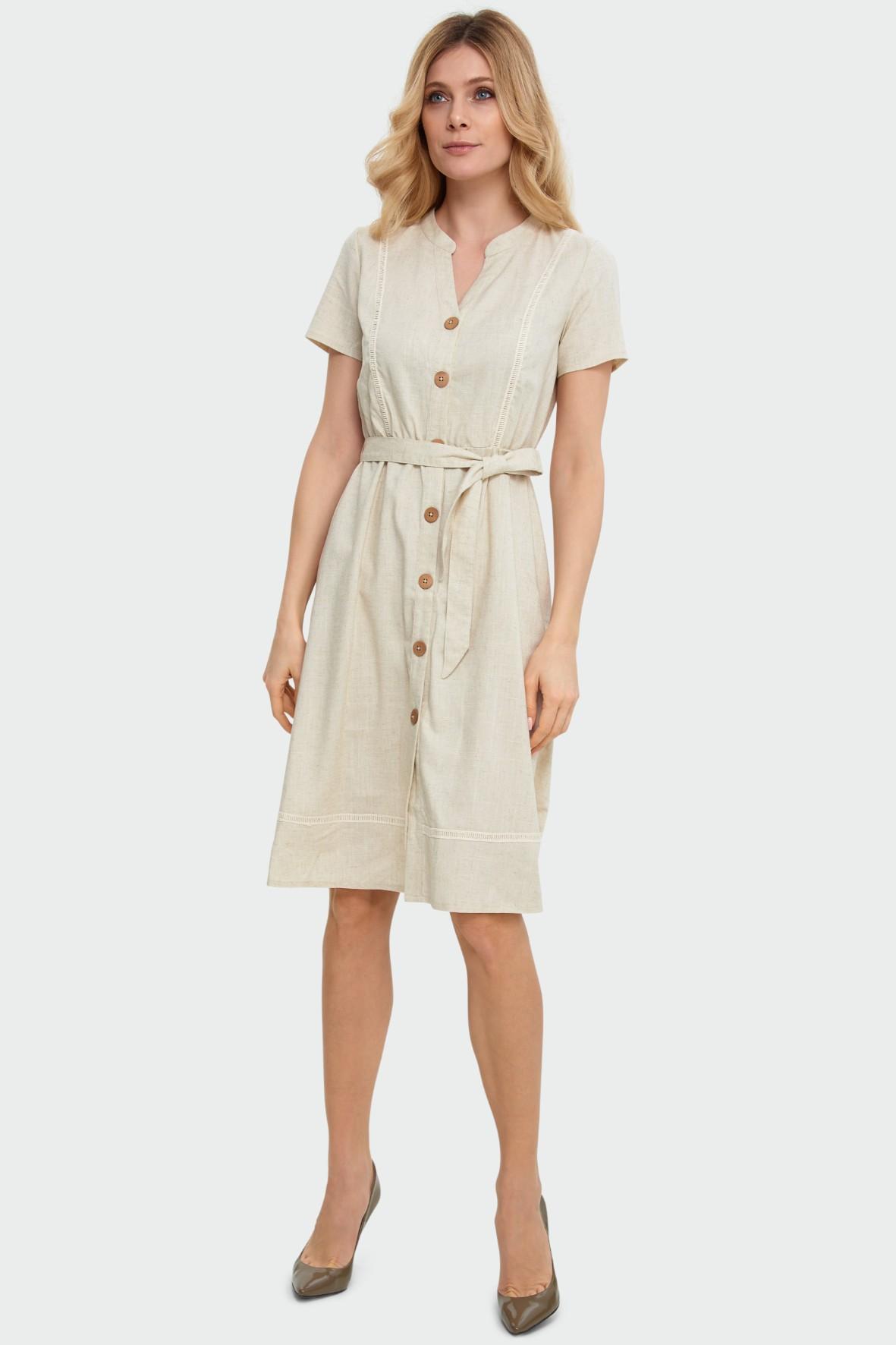 Zwiewna sukienka typu szmizjerka z ozdobnymi wstawkami beżowa