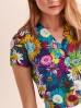 Kolorowa bluzka tkaninowa w kwiaty