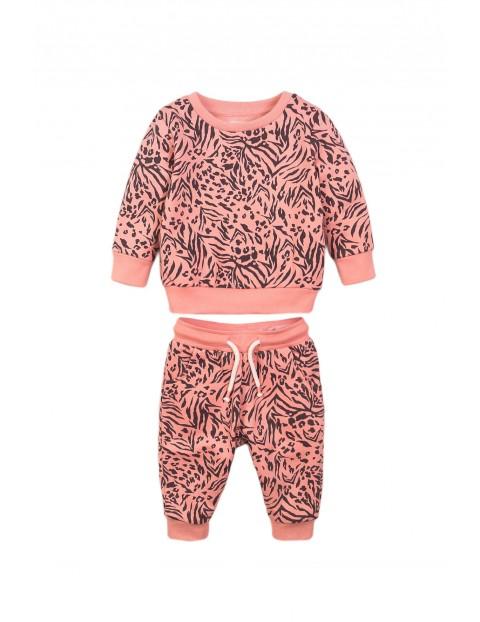Komplet niemowlęcy bluza i spodnie - różowy we wzory