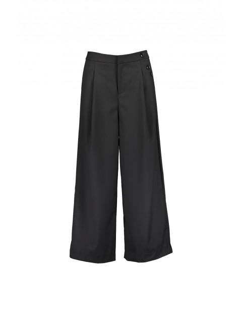 Spodnie damskie kuloty z ozdobnymi guzikami -czarne