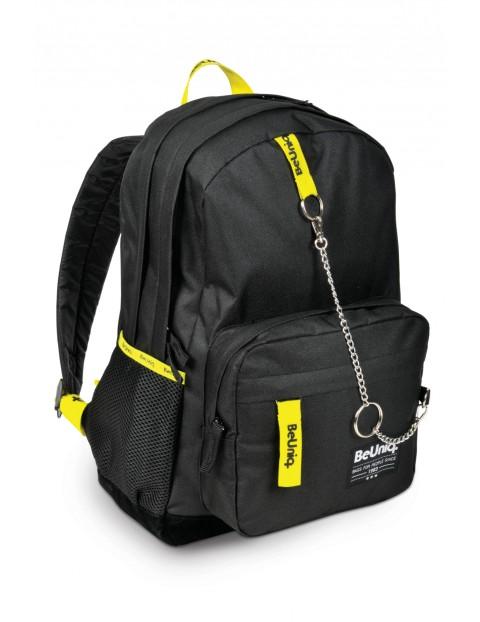 Czarno-żółty plecak młodzieżowy