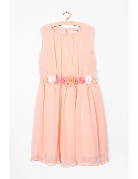 Sukienka dla dziewczynki- ubrania na specjalne okazje