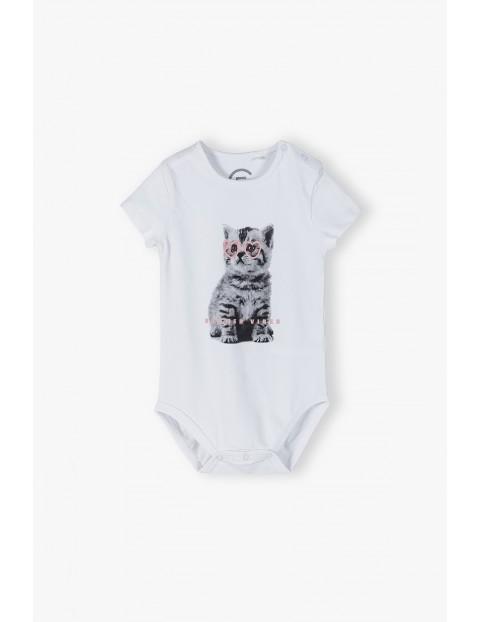 Białe body niemowlęce z kotem- ubrania dla całej rodziny