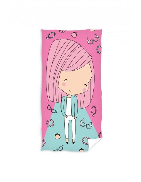 Ręcznik kąpielowy różowy dla dziewczynki 70x140 cm