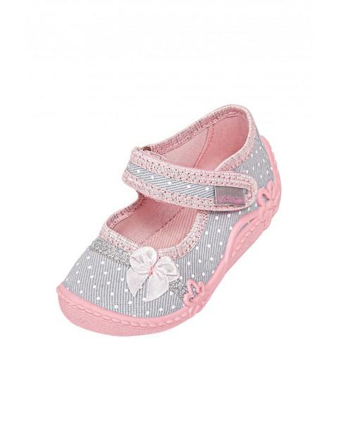 Kapcie niemowlęce szaro-różowe z usztywnianym zapiętkiem