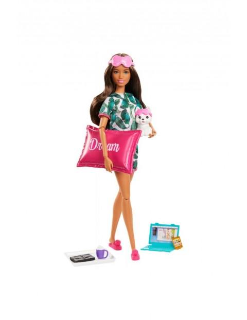 Barbie - Zestaw Relaks na dobranoc Lalka z pieskiem i akcesoria wiek 3+