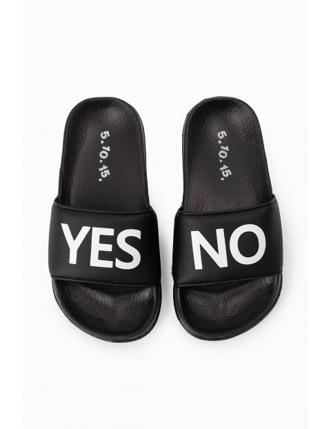 Czarne klapki dla chłopca - Yes No