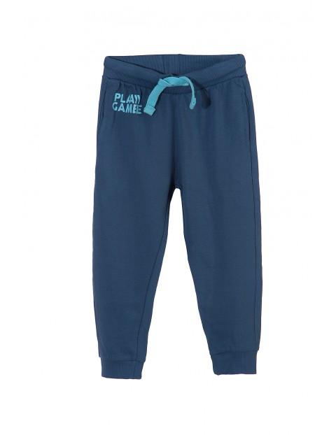 Spodnie dresowe chłopięce 1M3405