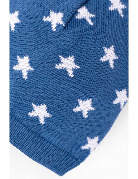Czapka dzianinowa cienka- niebieska w gwiazdki