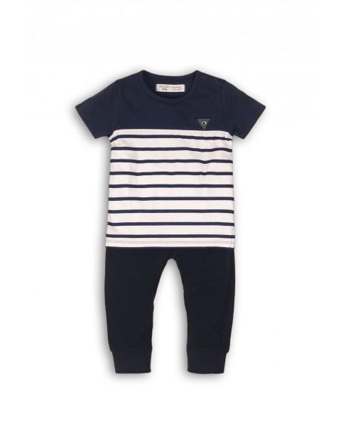 Komplet niemowlęcy granatowy w paski t-shirt i spodnie