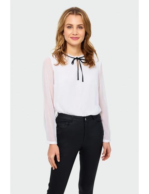 Koszula damska z małe kropki - biała