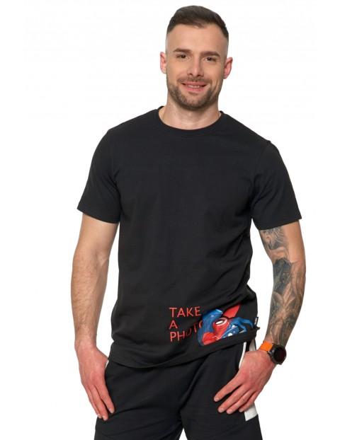 T-shirt męski z nadrukiem aparatu oraz napisem TAKE A PHOTO