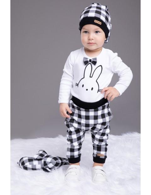 Bawełniana czapka niemowlęca w kratkę