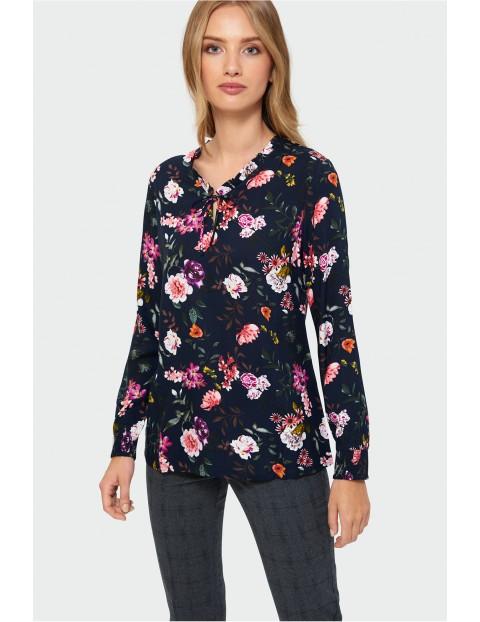 Bluzka damska w kolorowe kwiaty