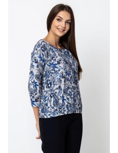 Wykonana z wysokiej jakości materiałów bluzka damska ze wzorem
