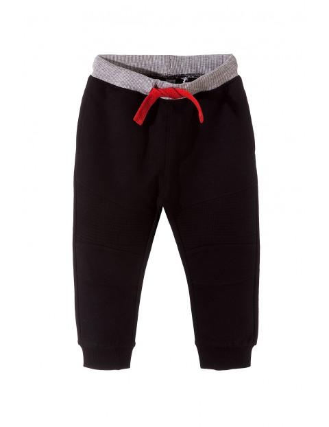Spodnie chłopięce dresowe