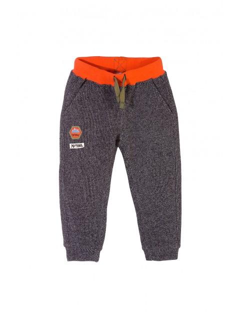 Spodnie dresowe chłopięce 1M3318