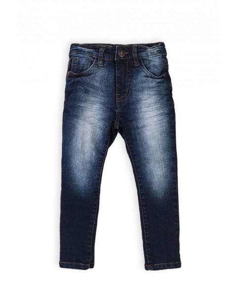 Denimowe spodnie dla chłopca