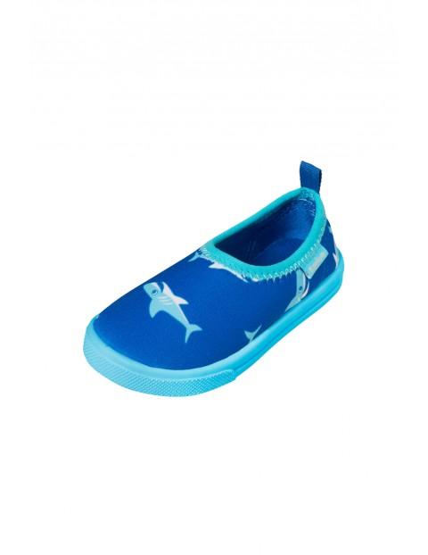 Buty kąpielowe z filtrem UV 50+ niebieskie w rekiny