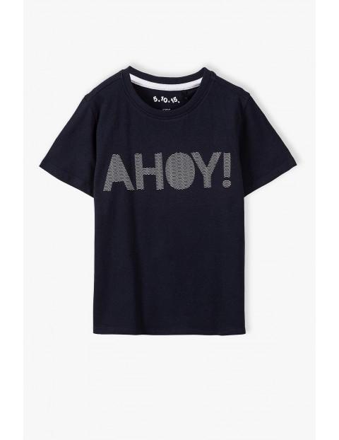 T-shirt chłopięcy w kolorze czarnym z napisem AHOY