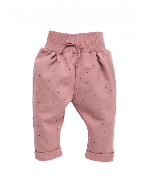 Spodnie dresowe różowe w kropeczki Petit Lou