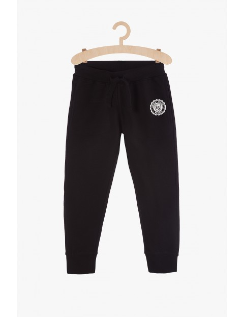 Spodnie chłopięce dresowe czarne