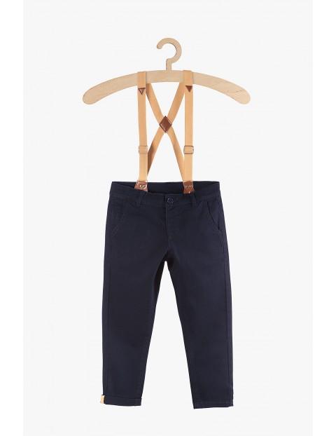 Spodnie chłopięce z szelkami