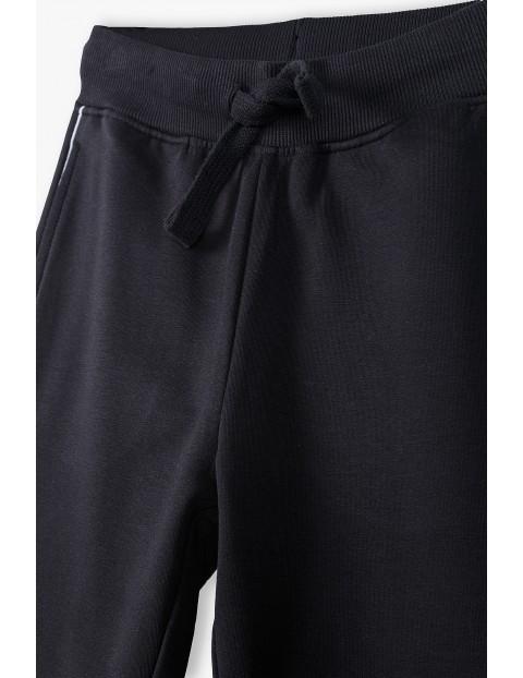 Czarne spodnie dresowe dla mamy i córki - Razem najlepiej