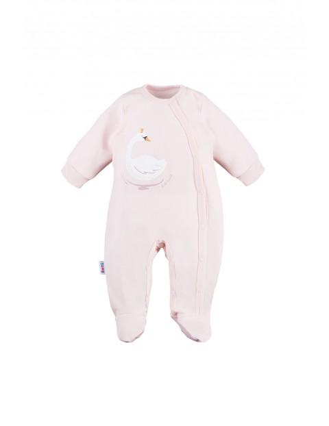 Pajac niemowlęcy różowy z łabędziem