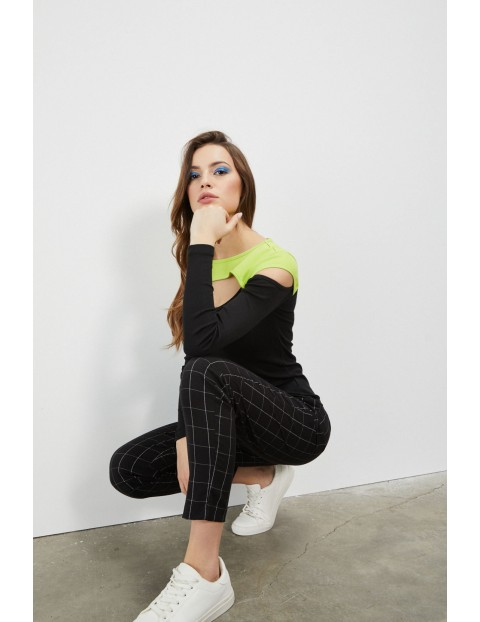 Bawełniana bluzka o dopasowanym kroju