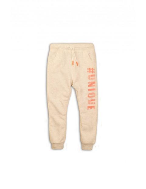 Spodnie dresowe ecru #unique