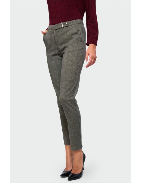 Spodnie damskie- brązowe w kratkę