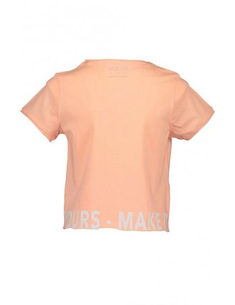Koszulka dziewczęca w kolorze brzoskwiniowym z dużym napisem