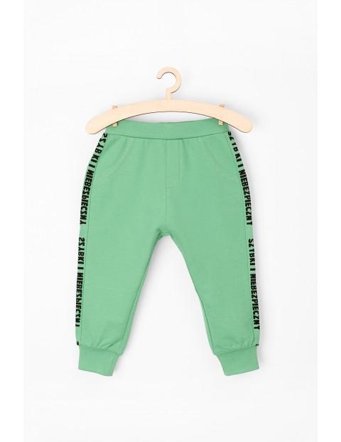 Spodnie dresowe niemowlęce 5M3612