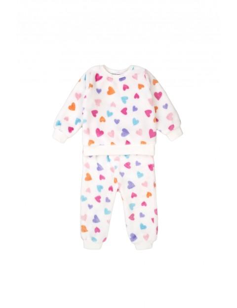 Piżama niemowlęca dwuczęściowa w serduszka