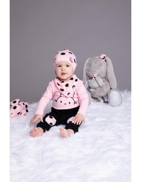 Bawełniana czapka niemowlęca różowa w grochy