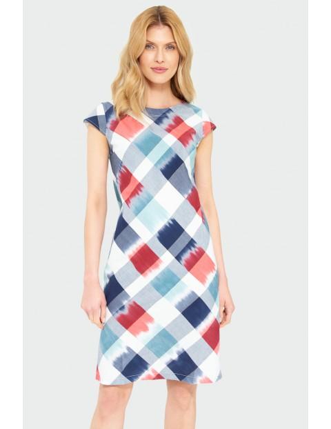 Biała sukienka damska w geometryczne wzory