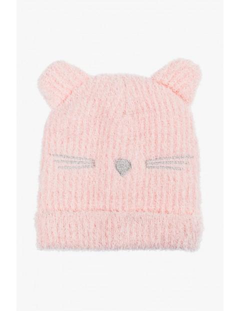Różowa zimowa czapka dla dziewczynki