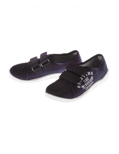 Buty sportowe chłopięce 1Z3510