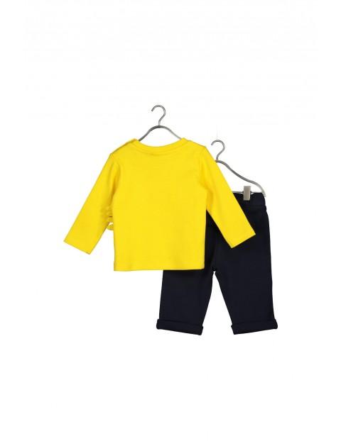 Komplet ubrań dla chłopca- bluzka i spodnie