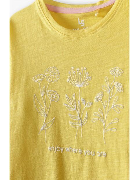 Bawełniany żółty t-shirt dziewczęcy z wyhaftowanymi kwiatkami