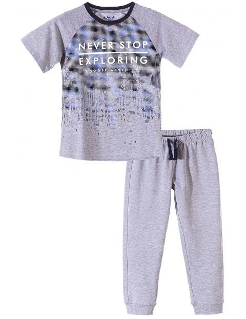 Piżama dla chłopca dwuczęściowa szara z nadrukami
