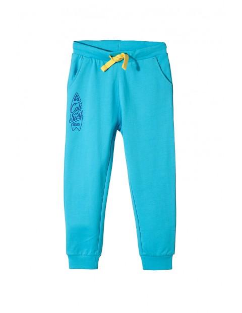 Spodnie dresowe dla chłopca 1M3424