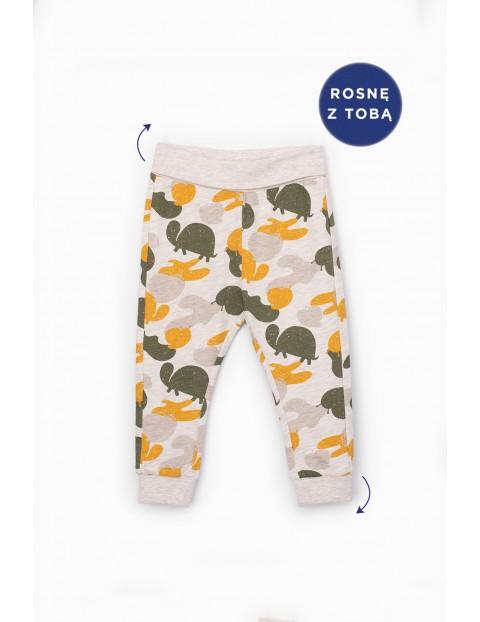 Spodnie dresowe niemowlęce z motywem zwierzęcym