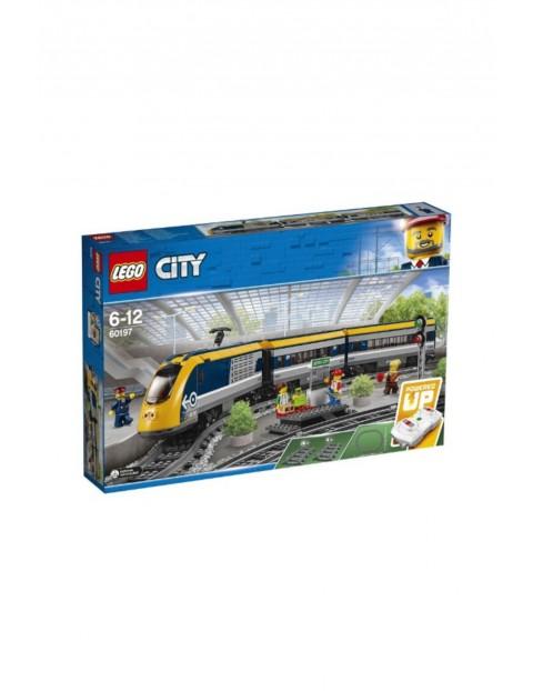 LEGO® City 60197 Pociąg pasażerski wiek 6+ - 677 elementów