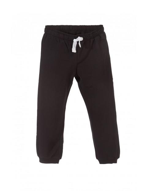 Spodnie dresowe chłopięce 1M3139