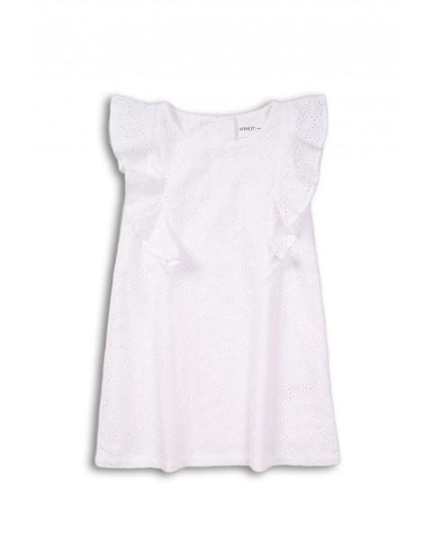 Biała haftowana sukienka dziewczęca z ozdobną falbanką